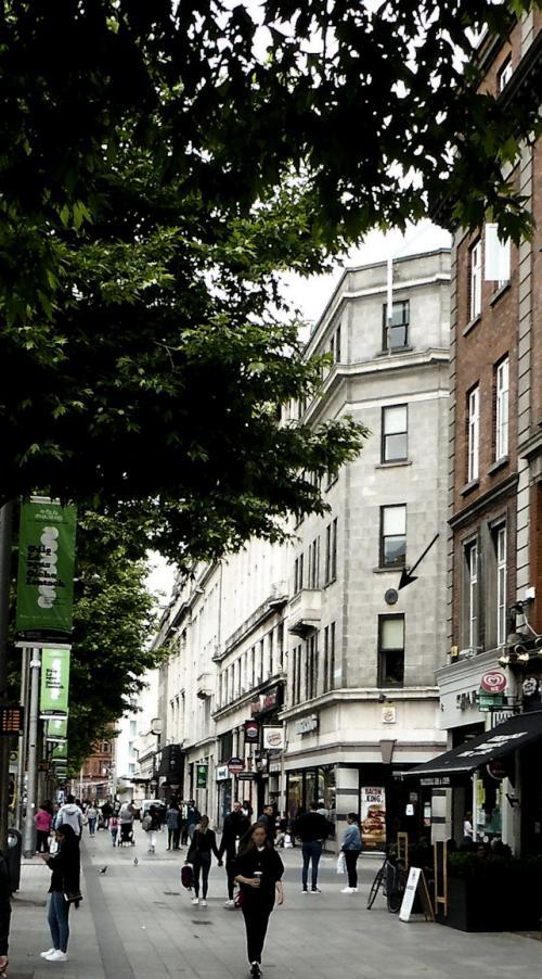 Dublin 01, O'Connell Street Upper, Nos. 9-11,