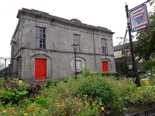 Ballinamore, The Library