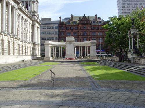 Belfast, Donegall Square West