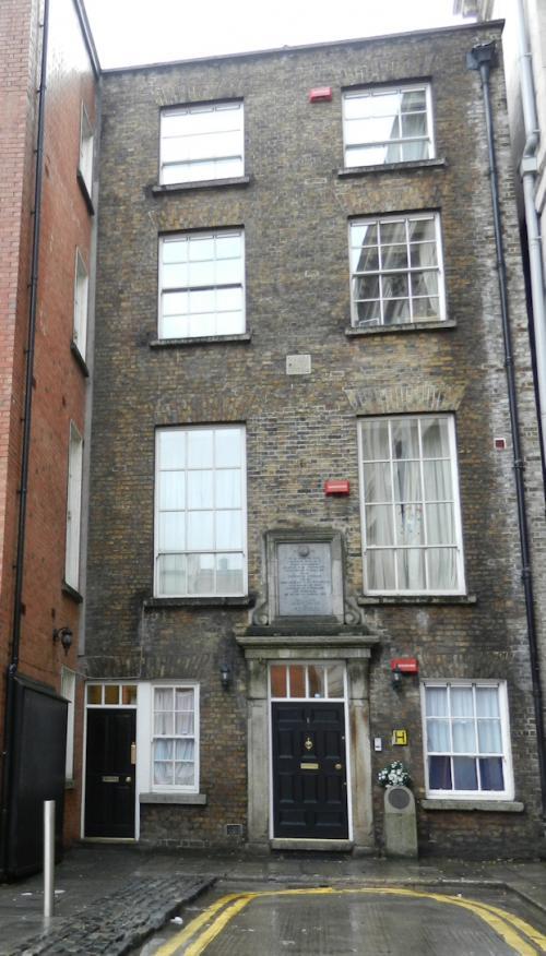 Dublin 02, off Dame Street