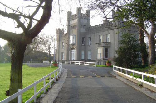 Dalkey, Castlepark School